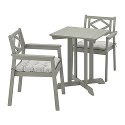 BONDHOLMEN - Table+2 chairs w armrests, outdoor, grey stained/Kuddarna grey
