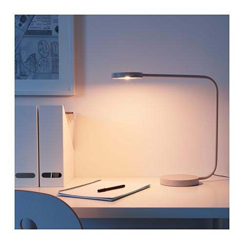 YPPERLIG Lampu meja LED