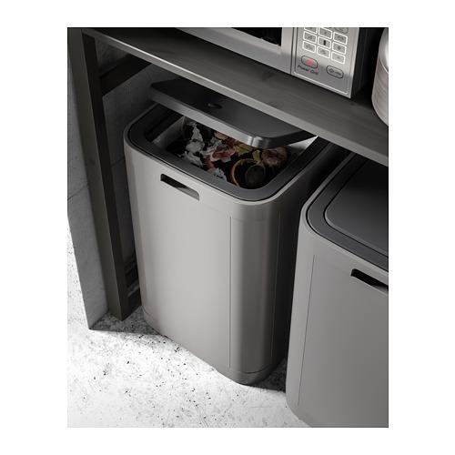 GIGANTISK tempat sampah sentuh tutup