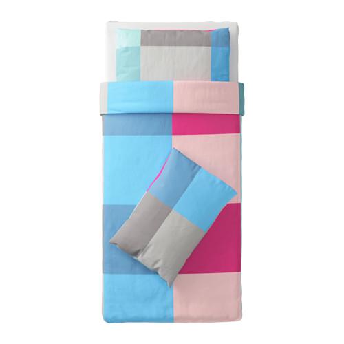 BRUNKRISSLA sarung quilt dan 2 sarung bantal
