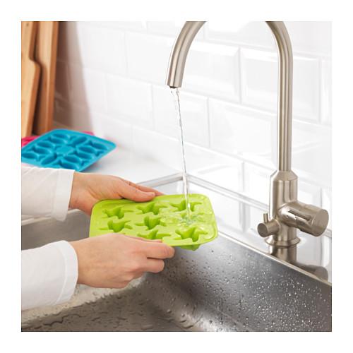 PLASTIS ice cube tray