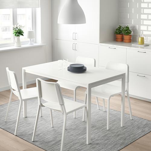 MELLTORP/TEODORES meja dan 4 kursi