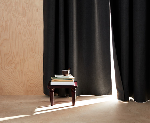 ANNAKAJSA - gorden penggelap ruangan, 1 pasang, abu-abu, 145x250 cm | IKEA Indonesia - PH157601_S4