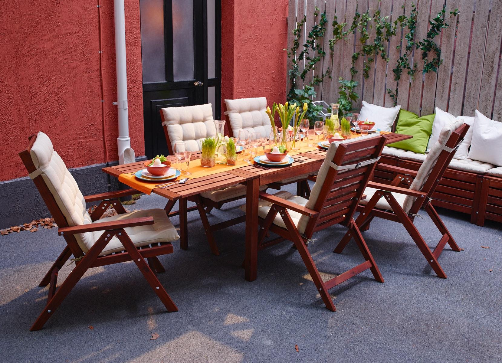 meja taman kayu terbaik