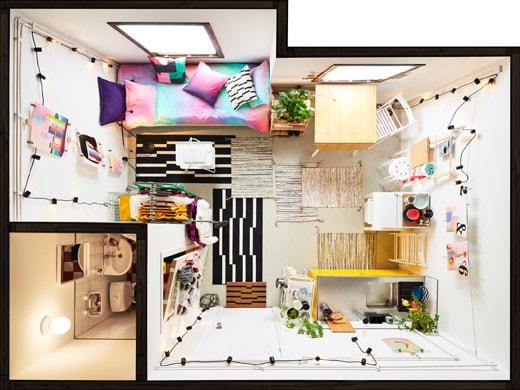 Sebuah apartemen kecil dengan perabot lengkap (dari bird's-eye view)