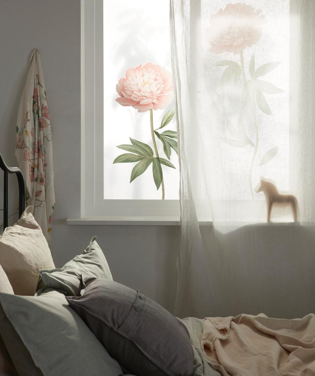 Ubah suasana kamar secara mudah dengan stiker dekorasi