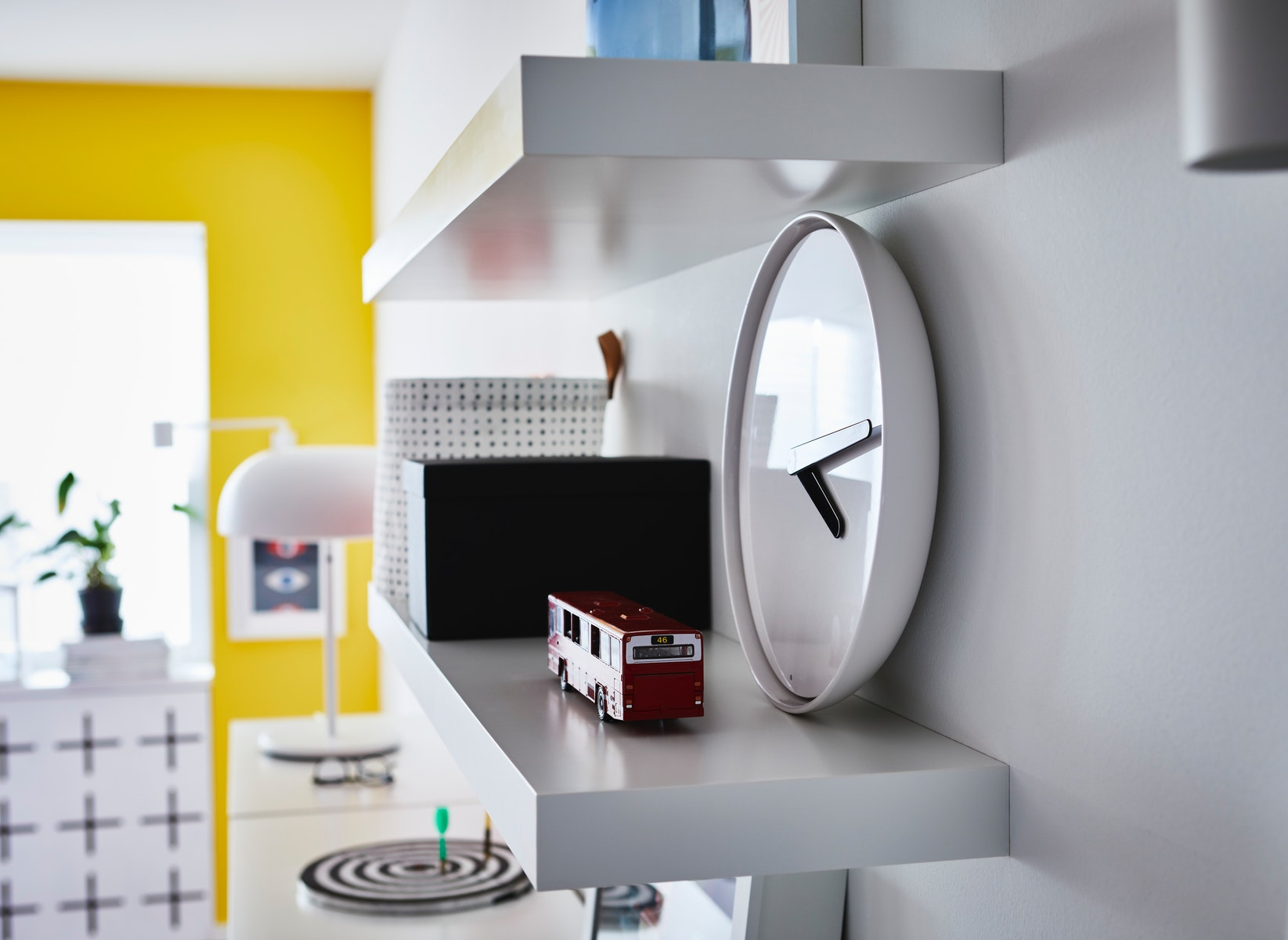 jam dinding untuk ruang tamu minimalis