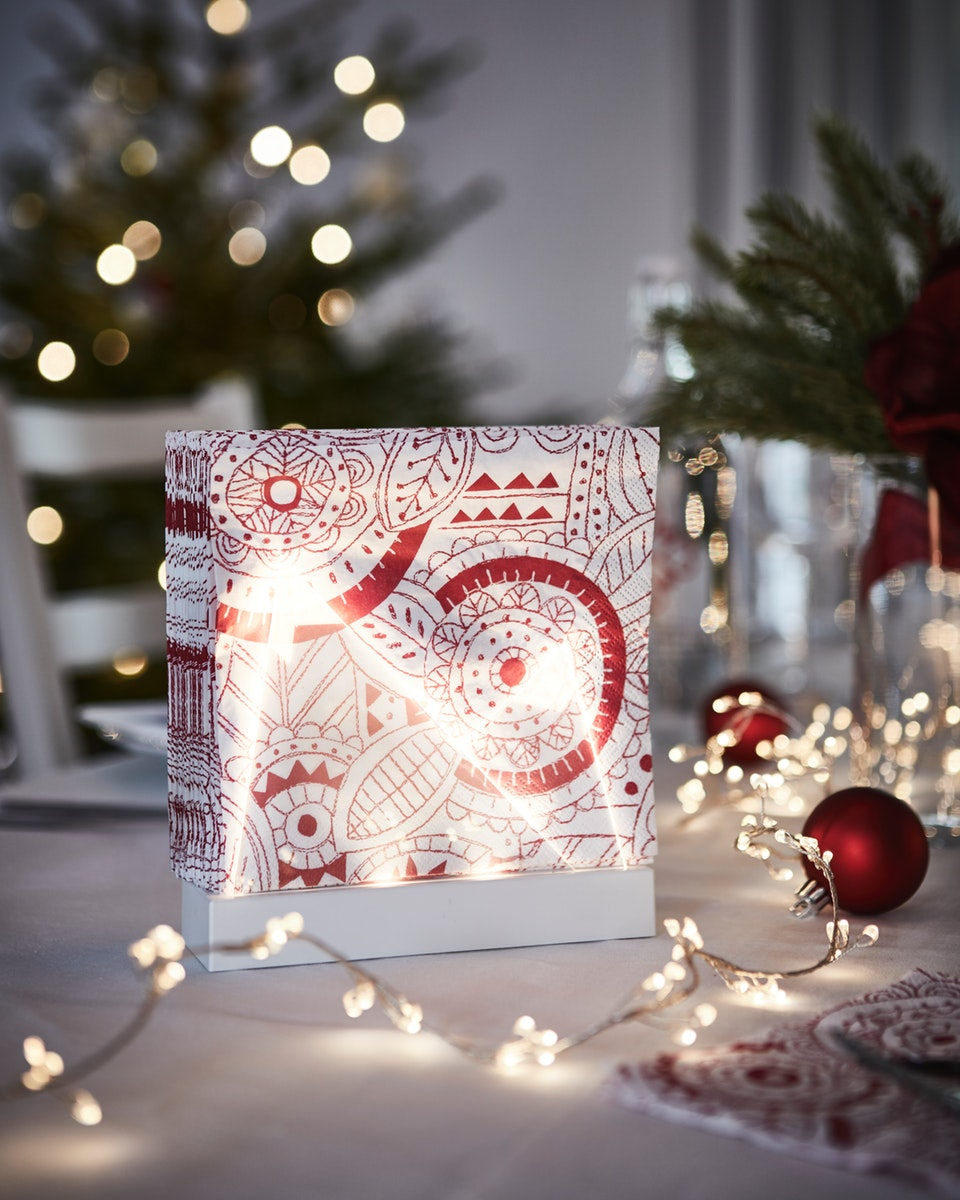 asesoris dekorasi natal