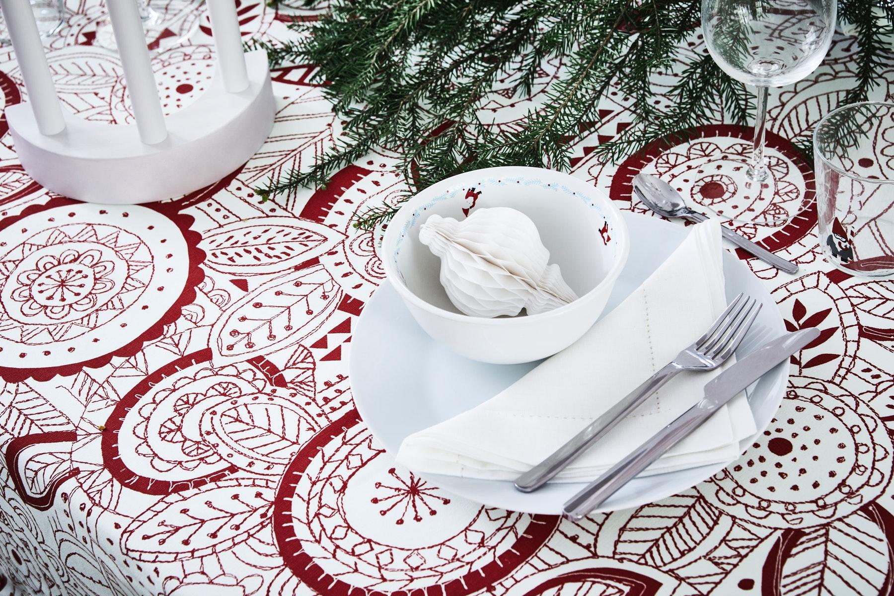 taplak meja natal ruang makan