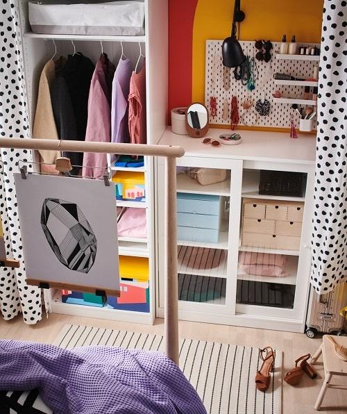 Inspirasi mengenai lemari pakaian terbuka