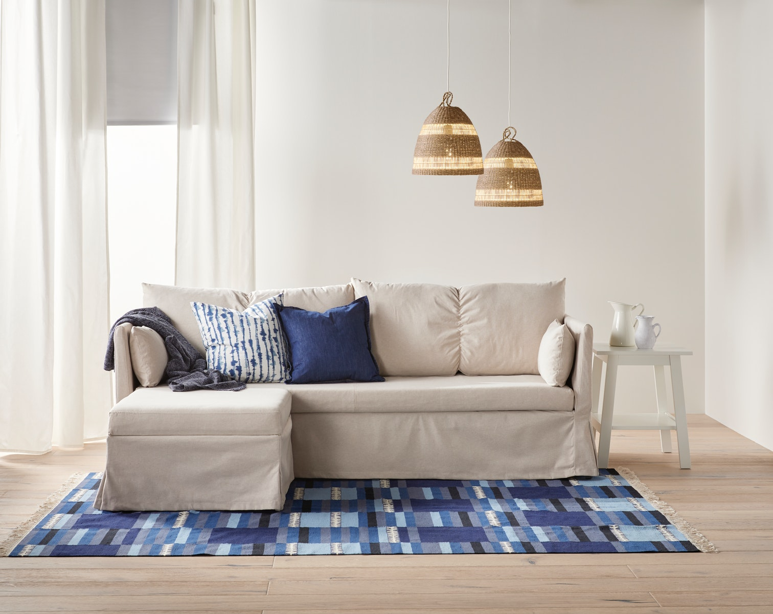 7 Pilihan Sofa Ruang Tamu Kecil Agar Ruangan Terasa Lebih Luas Ikea Indonesia Sofa ruang tamu kecil