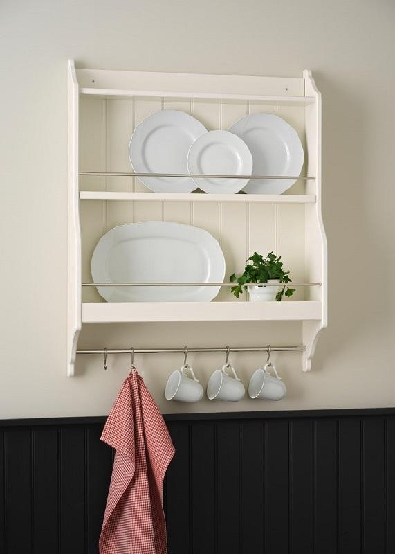 Lemari dapur minimalis memiliki nuansa kayu