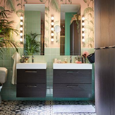 desain kamar mandi klasik dengan area pribadi