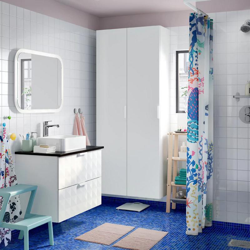 gambar kabinet tinggi kamar mandi