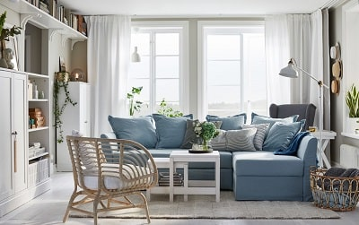 Bright, crisp and so inviting – here's a living room to create many memories in