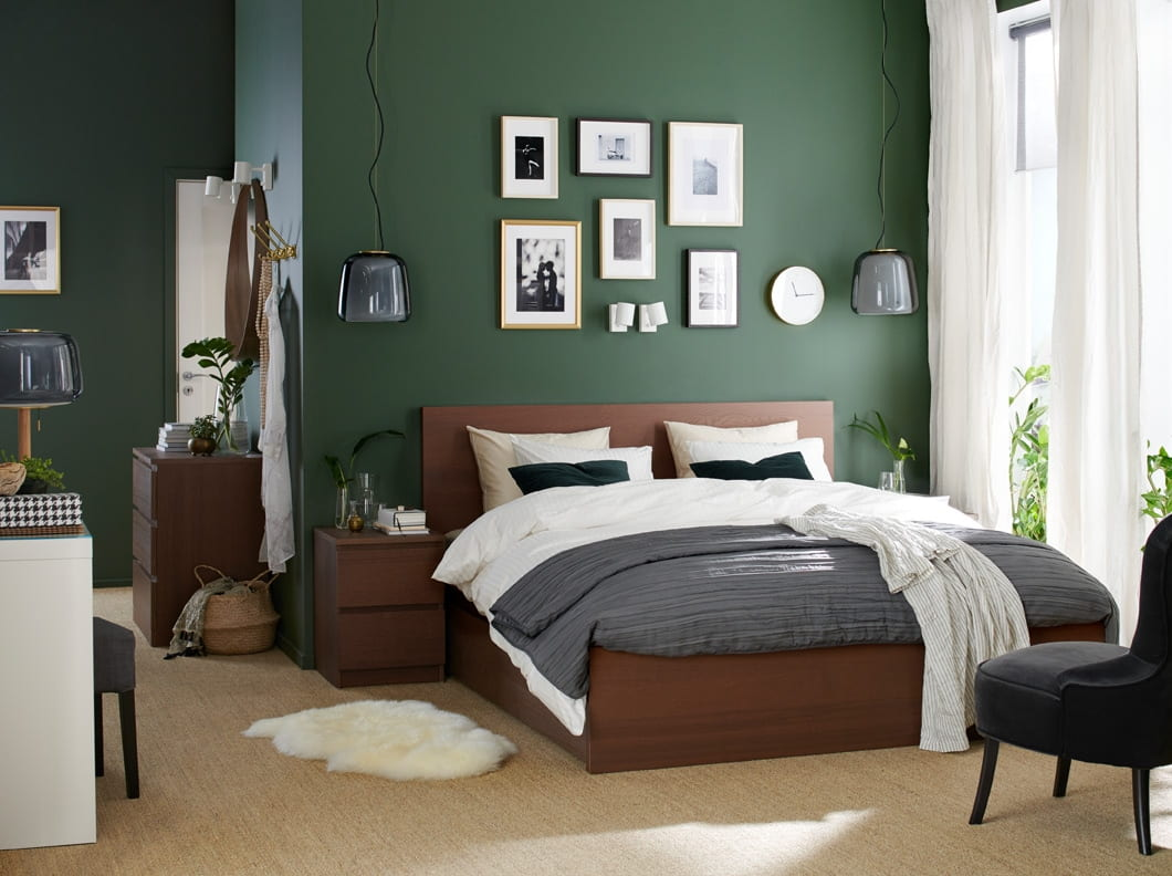Crispy clean and relaxing hues of green