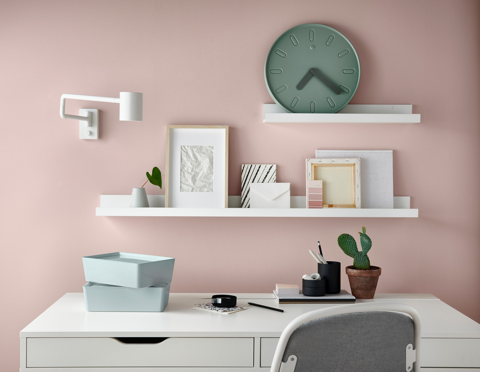 9 Dekorasi dinding kamar dengan harga terjangkau