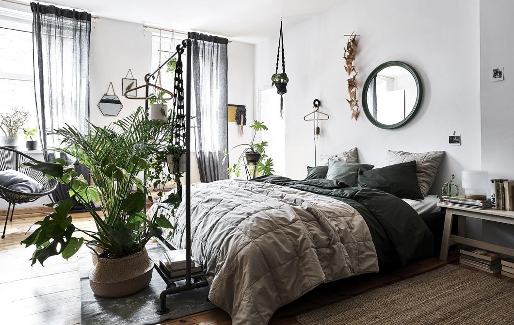 Kunjungan ke rumah: kamar tidur yang diatur untuk ketenangan