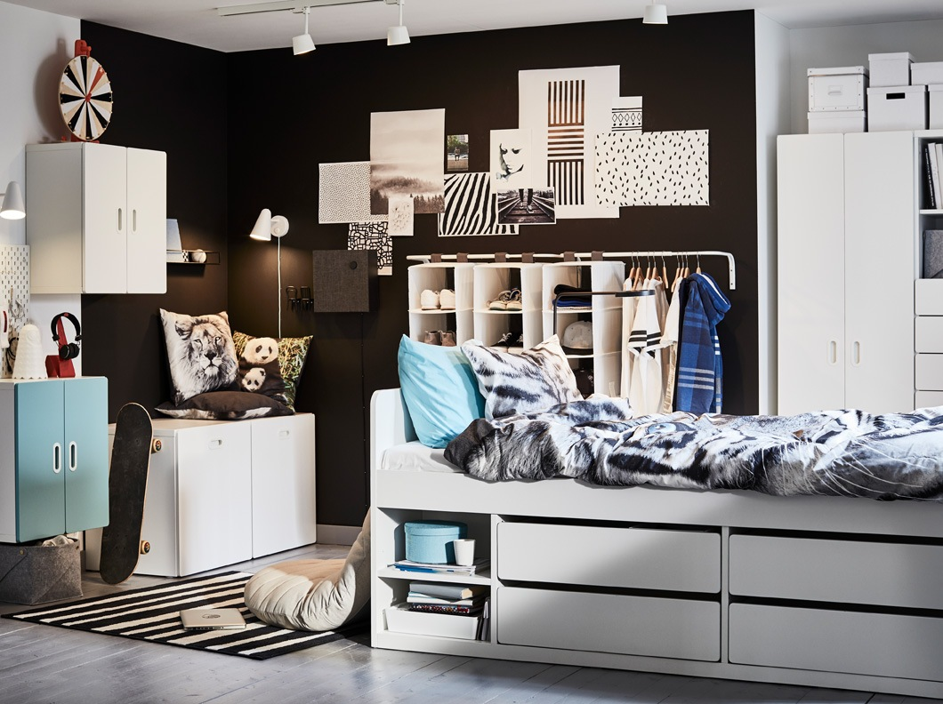 Keep cool in an organised teen's room