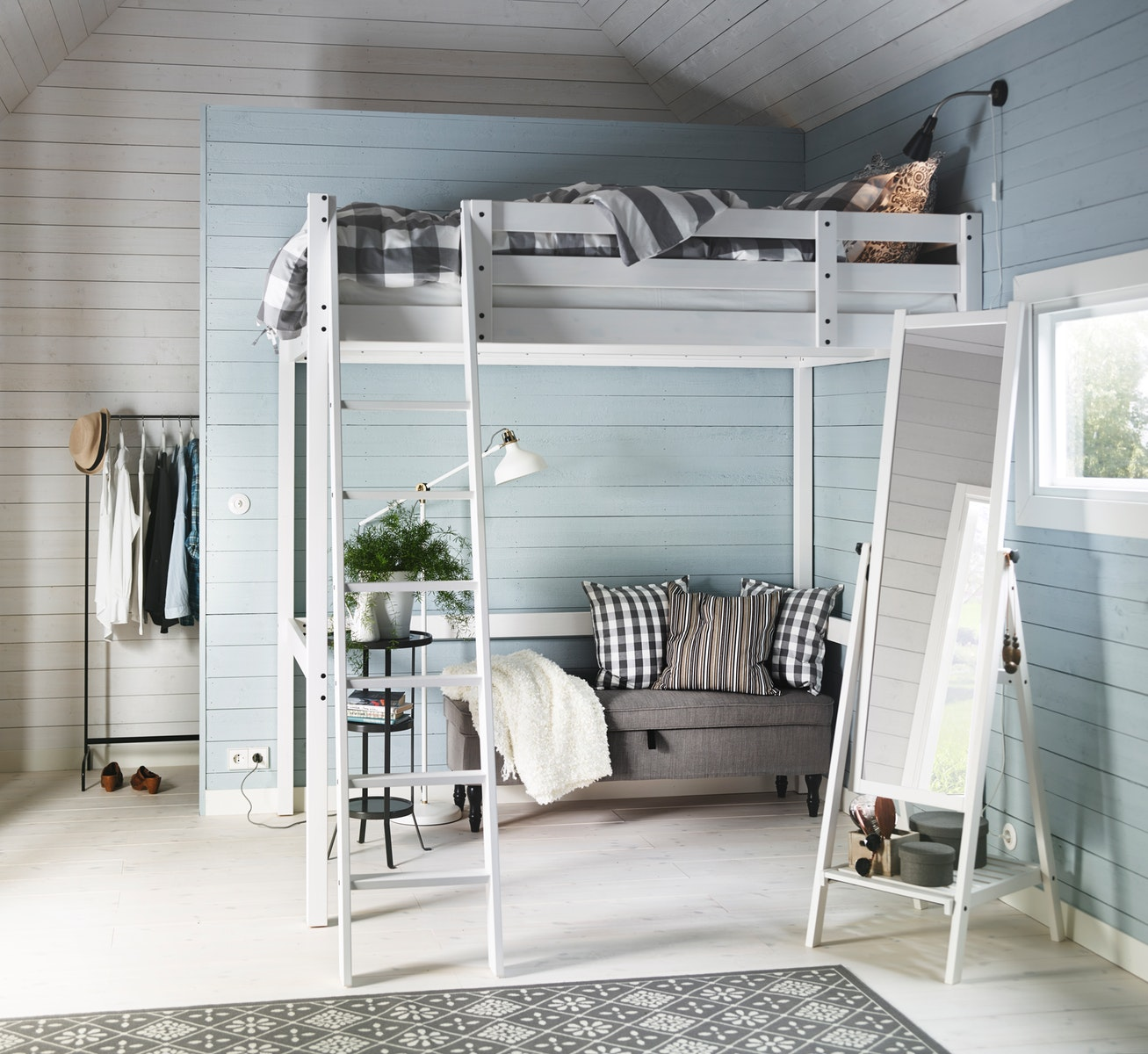 Bunk bed as a solution for small room