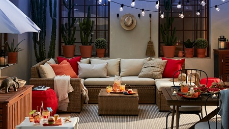How to furnish a larger outdoor space