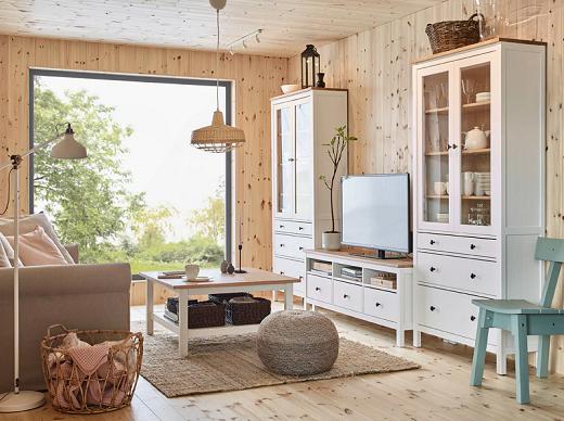 Ciptakan suasana tenang dengan kayu pinus