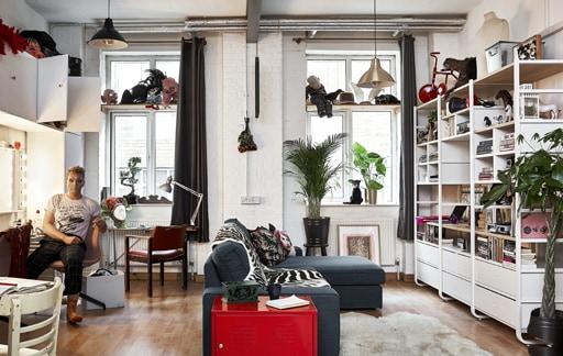 Kunjungan ke rumah: Satu ruang untuk tinggal, kerja dan bermain