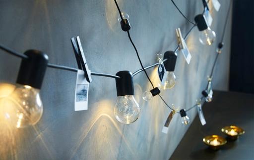 Cara menyemarakkan rumah dengan rangkaian lampu